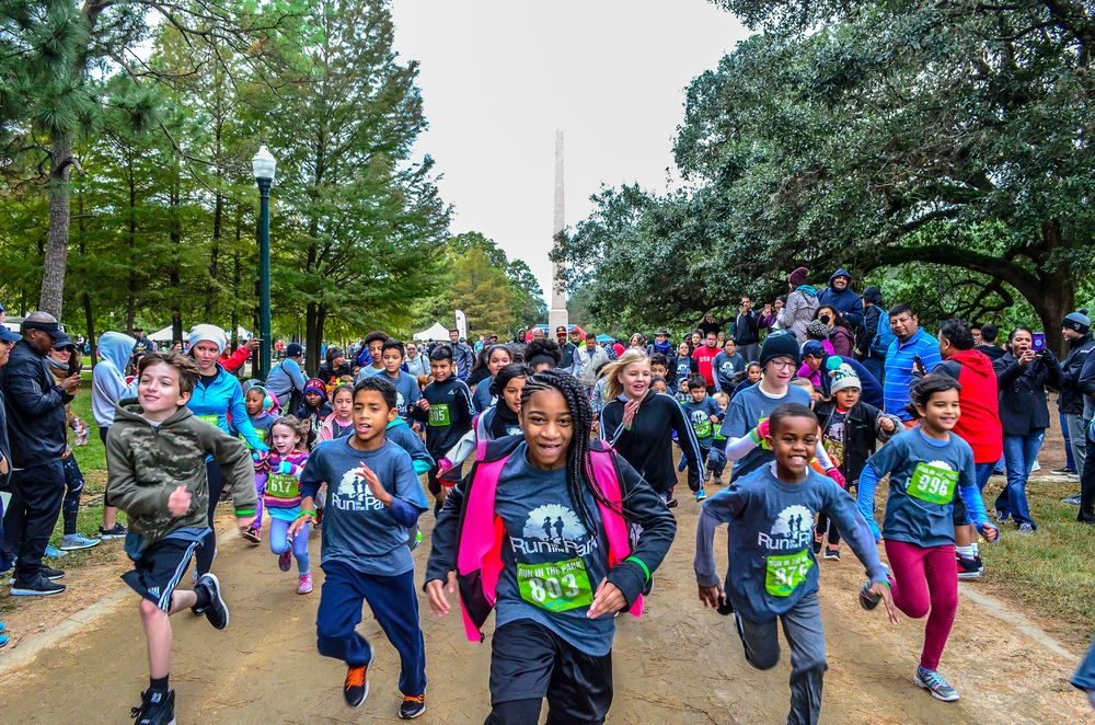 Roses In Garden: Hermann Park Conservancy's 16th Annual Run In The Park